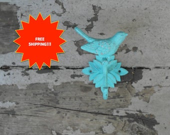 Vintage Style Bird Hook // Antiqued Bird Hook // Shabby Chic Bird Hook // Bird Wall Hook // Vintage Style Hook // Antiqued Hook // Bird Hook