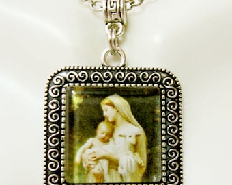 Innocence pendant and chain - AP02-039