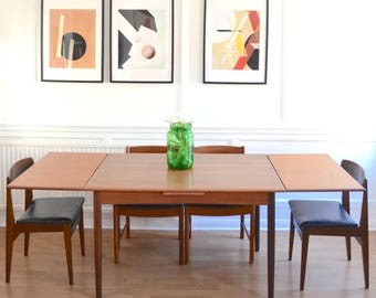 Vintage Danish 'Mobelfabrik' extending teak table and 4 chairs. Delivery. Modern / mid century / retro.