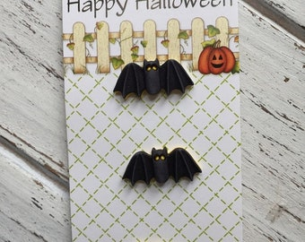 SALE Bat Buttons, Carded Shank Back Buttons, Novelty Buttons by Buttons Galore, Style HH121, Set of 3 Bat Buttons