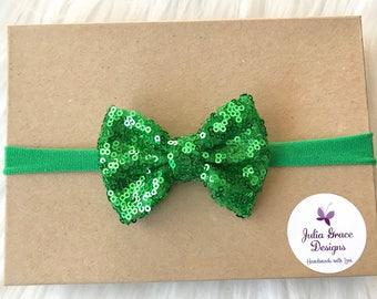 Green Sparkle Bow Headband, Sparkle Hairbow, Nylon Headband, St Patricks Day Headband, Baby Headband, Newborn Headband, Infant Headband, Bow