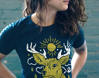 Tread Lightly Vintage Black Unisex T-Shirt. Slim Fit fashion Tee. Wilderness, deer, midwest shirt for Men Women.