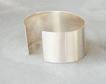 Bangle * Orion * cuff in silver brushed (matte)