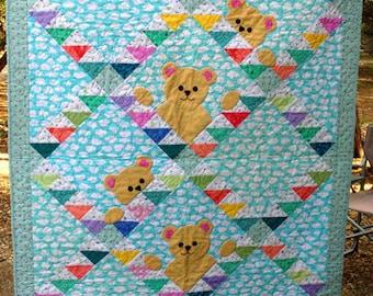 Peek-a-Boo Bears Quilt