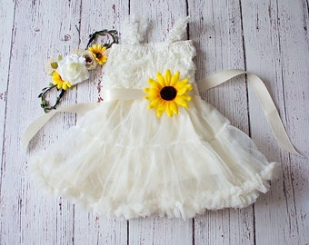 Rustic Sunflower Flower Girl Dress-Sunflower Sash and Headband Lace Flower Girl Dress-Cowboy Girl Outfit.Flower Girl Gift