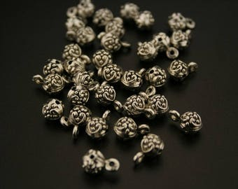 30 bails in antique silver. (ref:3356).