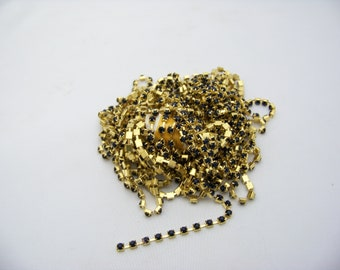 4mm Sapphire and Gold Cup and Chain 5070
