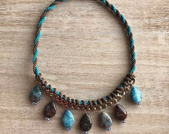 """Necklace """"Jeans Rhapsody"""" from the chain, natural stones and crystals. Chain and agate. A gift for her. Magnetic clasp. Denim style."""