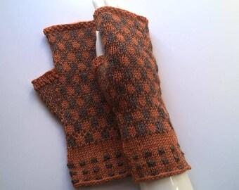 Handknitted woollen colorful fingerless gloves wrist warmers size S/M