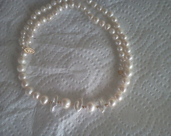 white pearl and biwa pearl necklace