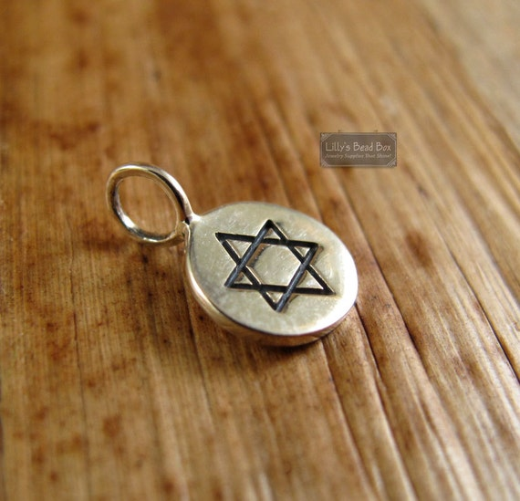 Star of David Pendant, Round Sterling Silver Star of David Charm for Making Charm Bracelet or Necklace (Ch 768)