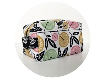 Large Waterproof Cosmetic Bag. Makeup Bag. Cute Floral Print Bag. Toiletry Bag. Zippered Bag.