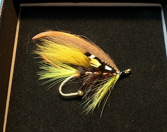 Fiery Brown Superior Quality Salmon Fly Brooch Pin