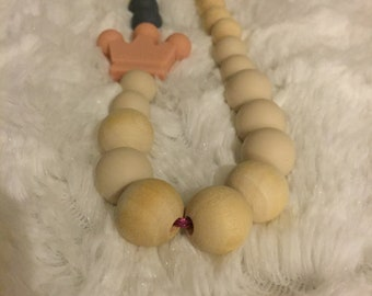 All natural wood and 100% BPA free silicone teething necklace
