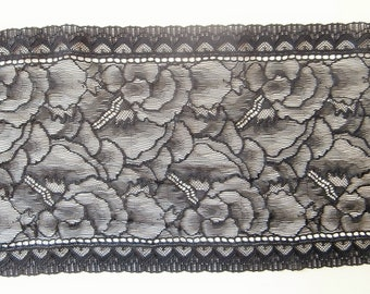 36 D - Black Lace, stained glass pattern.