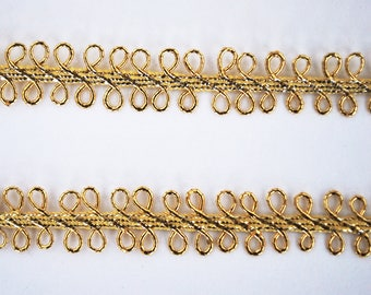 Narrow Gold Metallic Lace Braid