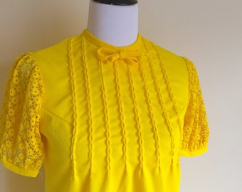 1960s BRIGHT YELLOW Mod Go go Mini Dress Puff Crochet Sleeves Bow at Neck Size Small