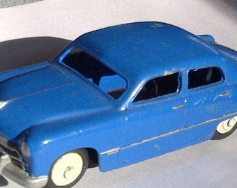 Vintage Dinky 1950s Ford Sedan 1/43 O Gauge Great For Lionel used