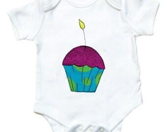 Cupcake Babygro / Birthday Baby Shirt / Babygrow / Cake Bodysuit / New Baby Gift / Baby Clothes