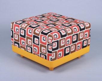 FeierbachCube stool 70s seat cube zip