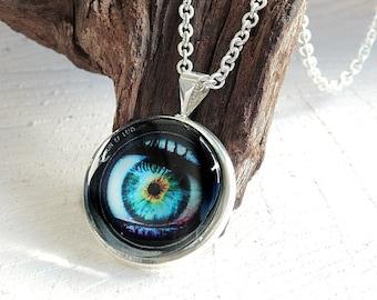 Cabochon Necklace, Eye Pendant, Cabochon Jewelry, Glass Dome Pendant, Photo Jewelry, Photo Necklace, Photo Pendant