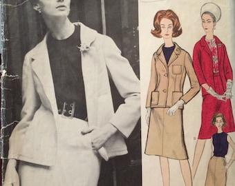 ON SALE Vogue Paris Original Classic Suit and Blouse Pattern 1177 by Nina Ricci with LABEL