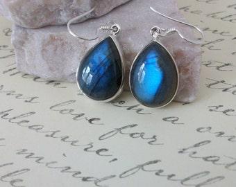 Labradorite Earrings/Serling Silver Labradorite Earrings/Genuine Labradorite/Sterling Silver Dangle Earrings/Blue Flash drop Earrings/E0149