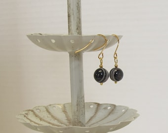 Natural Banded Agate Earrings - Affordable Elegance. Civil War Appropriate