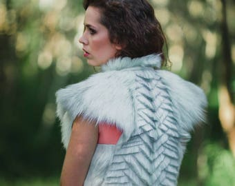 Fur capelet, cape, fur collar, in the style of Daenerys fur coat, medieval hunter, winter wedding, New Zealand made