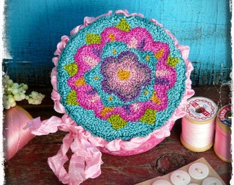 Blooming blossoms Punchneedle Pattern PDF - needle punch floss flower bright pink aqua blue
