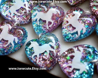 Unicorn Necklace, Unicorn Pendant, Pink Blue Glitter Pendant, Resin Heart Pendant, Girl's Unicorn Necklace, Sparkly Necklace Pink Chain