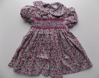Dress, baby dress, liberty dress smocking, short sleeves, Peter Pan collar, flowers, hand smocked dress, embroidered dress, birthday, baby hand