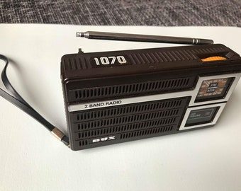 DUX 1070 vintage transistor radio 1970s