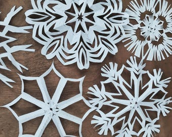Handcut Paper Snowflakes, 20 Count, Variety Pack #ChristmasDecoration #BridalShower #Winter #PhotoBooth #PaperArt #Wycinanki #snowflakes