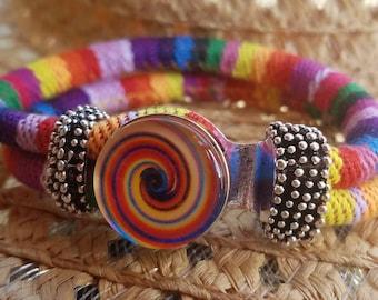Interchangable multi-colored snap bracelet