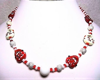 Red And White Lampwork Purses Necklace With Stardust Silver Beads - Item 880 N