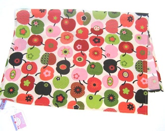 "Dish towel in Retrostyle ""Appleheart"" Tablemat"