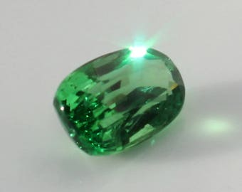 3 cts Chrome Green Tsavorite Garnet - GIA certified