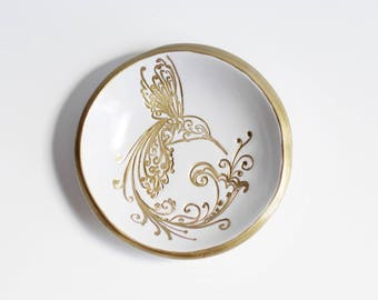 Hummingbird Jewelry Dish / Gold Ring Dish / Bridal Shower Favors / Wedding Gift / Bird Design / white and gold / ring holder / nature art