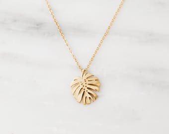Tropical Leaf Necklace / Monstera Necklace / Monstera Leaf Necklace / Gold Layering Necklace / Nature Lover Gift / Bridesmaid Necklace