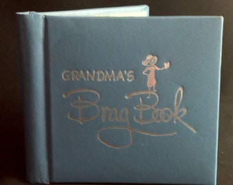 Vintage 1960's Grandma's Brag Book Photo Album Gibson Grandmother Grandchild