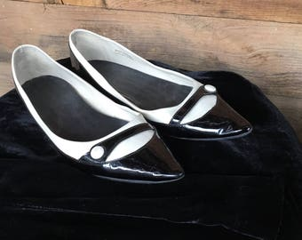 Vintage Pointed toes flats size 7 Retro made in Brazil