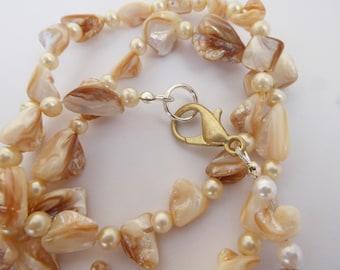 Iridescent Creamy Pearl Necklace