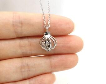 Shell Necklace, Swarovski Crystal Shell Necklace, Sea Shell Necklace, Silver Shell Necklace, Shell Jewelry, Ocean Jewelry
