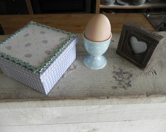 "Small box square ""Easter treasures"""