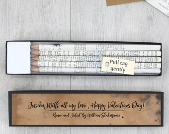 Shakespeare Gift - Personalised Shakespeare Pencils - Shakespeare Quotes - Literary Gift - Book Lover Gift - Graduation Gift - Hamlet Quote