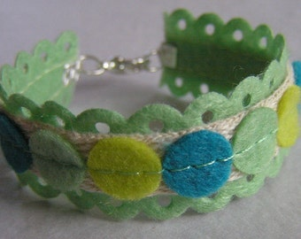 Green Gables - Boutique Style Felt Ribbon Bracelet