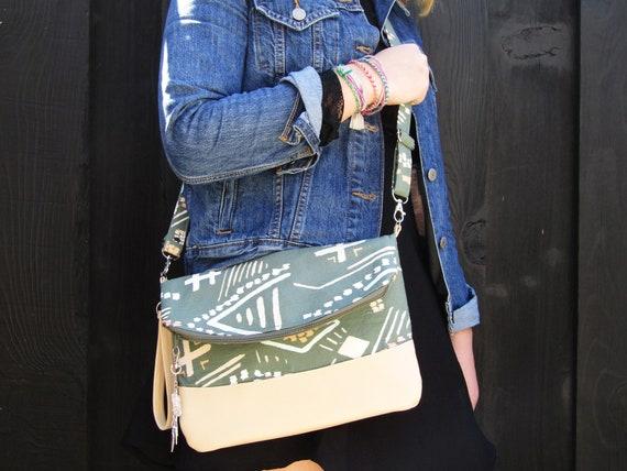 Mojave Handmade  Clutch cross body purse wristlet handbag shoulder bag evening bag