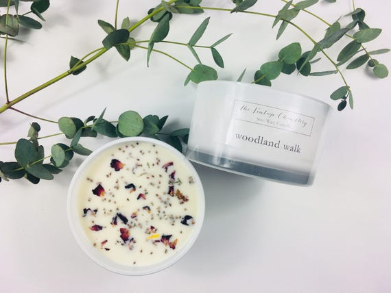 Boutique three wick soy candle finished with dried flora