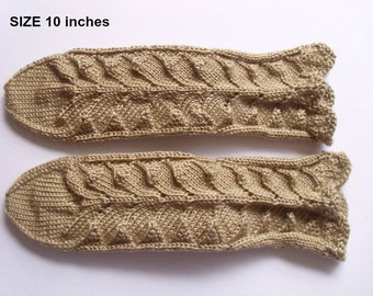 "Ankle socks hand knit. Size 10 ""  Silky acrylic  beige color   Reinforced heel   Ready to ship         Ready to ship."